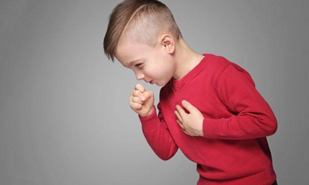 Kaszel u dziecka – kiedy powinien niepokoić?